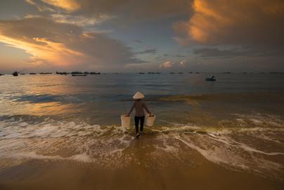 Waiting for the Fishermen