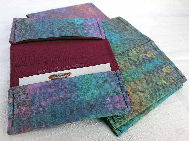 Card Holder in Textured Print