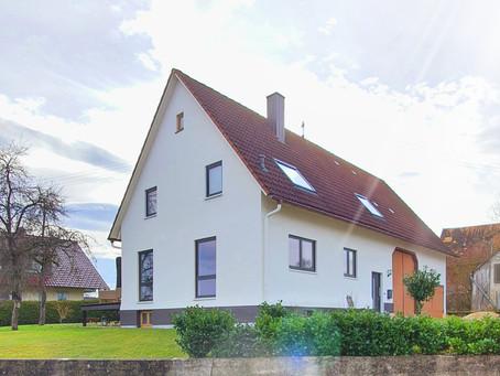 Einfamilienhaus mit großem Garten, Doppelgarage und Scheune in Vöhringen-Wittershausen