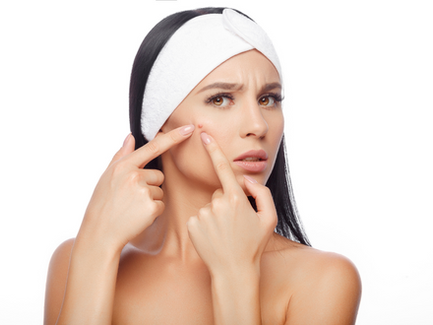 TO PREVENT ACNE, TAKE YOUR VITAMINS!