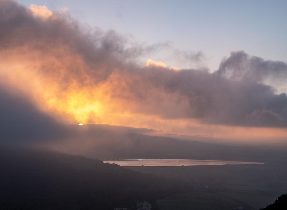 Misty morning on Axbridge Reservoir-from Kings Wood-2