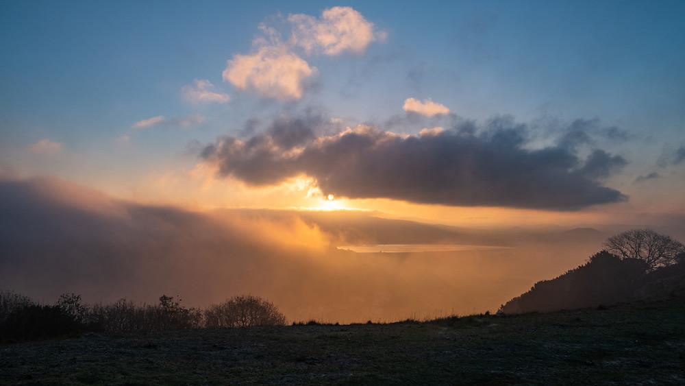 Misty morning on Axbridge Reservoir-from Kings Wood-20
