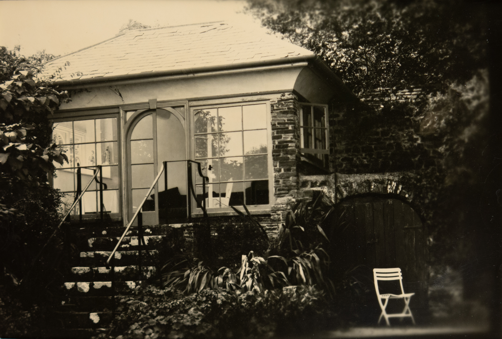ClovellyGardens_Summer House_Sepia_IMG_0