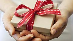 giftinhands2.jpg