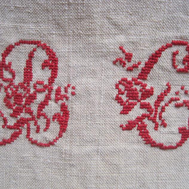 491VG11 hemp red mono 2.jpg