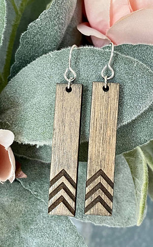 Wood Necklace Lucky Few