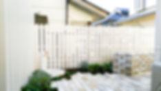耐久性に優れた人工木のフェンス