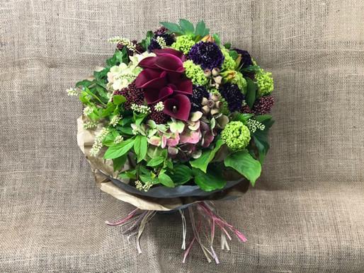 結婚記念日に贈りたい花