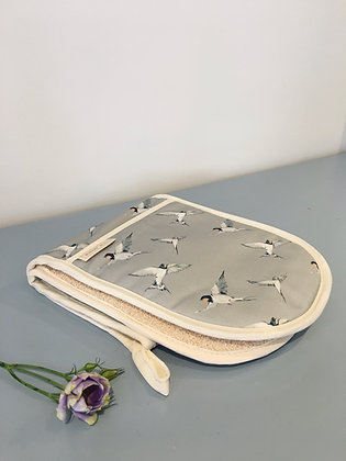Swallow Double Oven Gloves