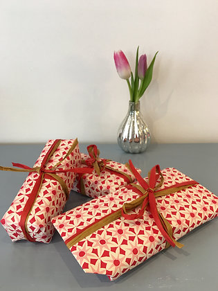 Gift Wrapping Service - Pink