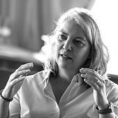 Katrin Portrait Website_v2_SW.jpg