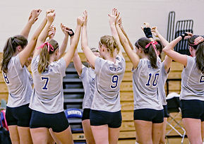 Volley-ball-Team-Huddle