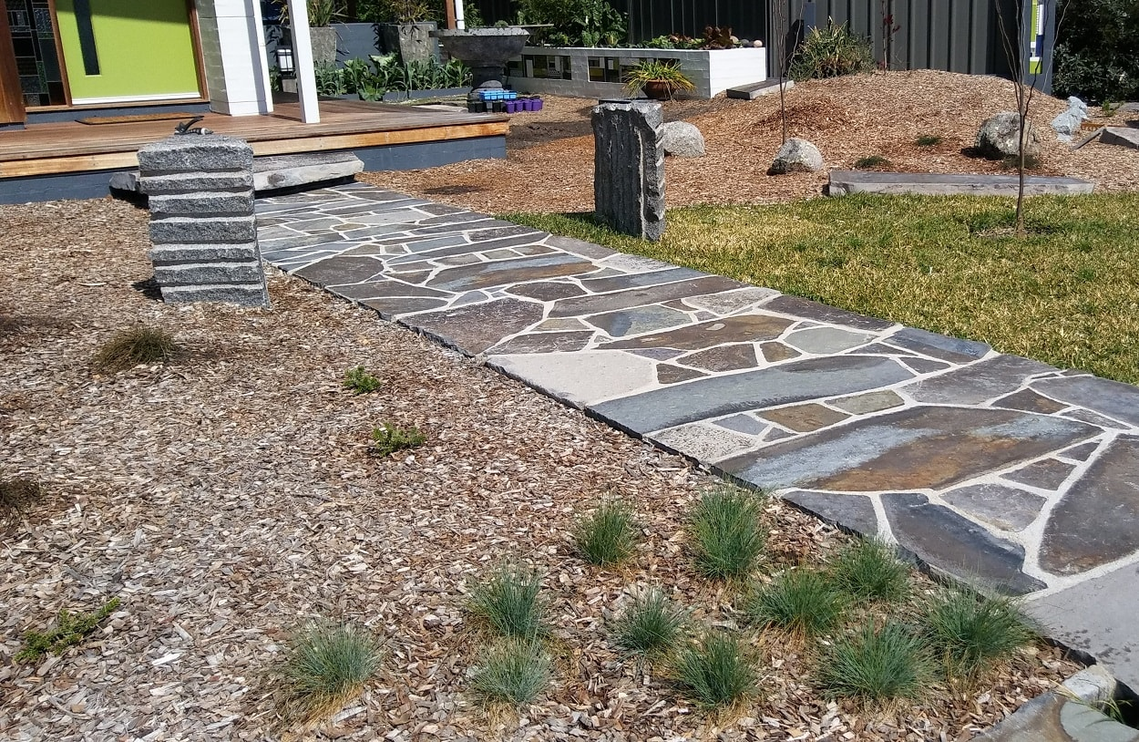 Stone pathway by Tomakin bricklayer Tim