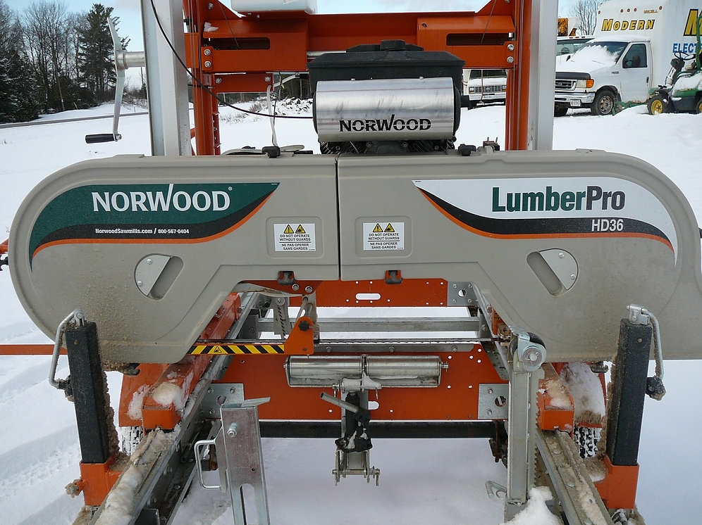 2017 Norwood Portable Sawmill   6and6auctions