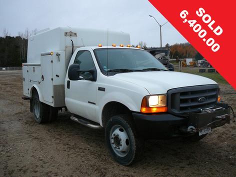 2000 F450 Truck 6400_edited.jpg
