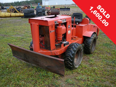 V30 4WD Ditch Witch Trencher