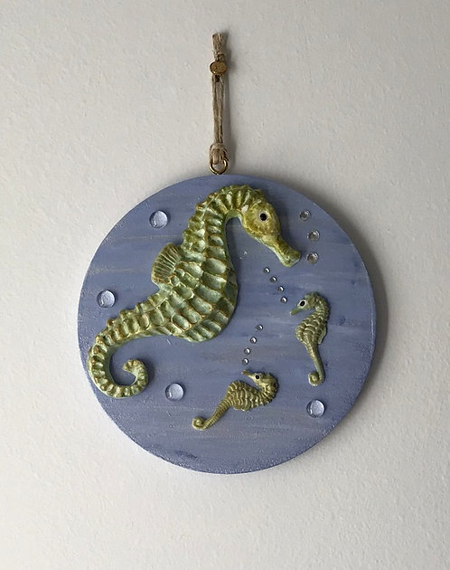 Seahorse Dad and Babies Wall Hanging - Med Blue Round