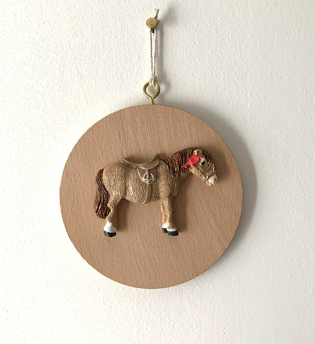 Shetland Pony Wall Hanging - Med Beech Round