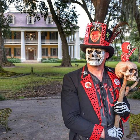 Pappa Diablo haunting Houmus House