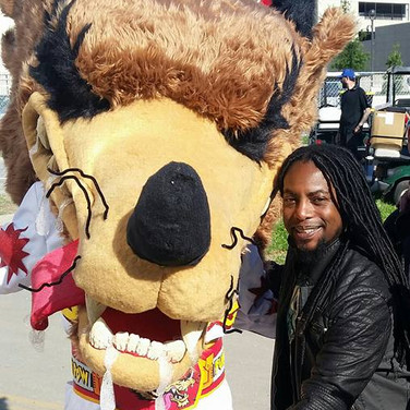 Me in Costume With Lajon Witherspoon From Sevendust