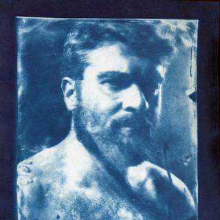 autoretrato de colodion a cianotipo.jpg