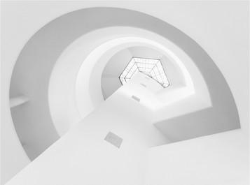 'Guggenheim' by Paul Killeen ( 14 marks )