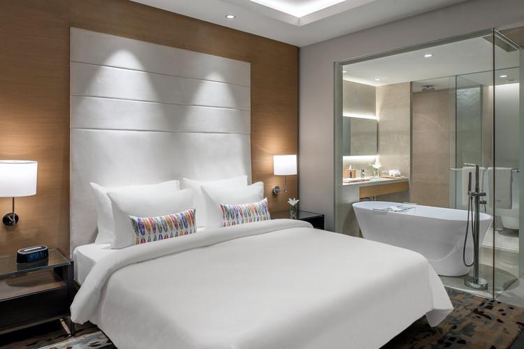 Cobico_Feathers+Chennai_Executive+Room+1