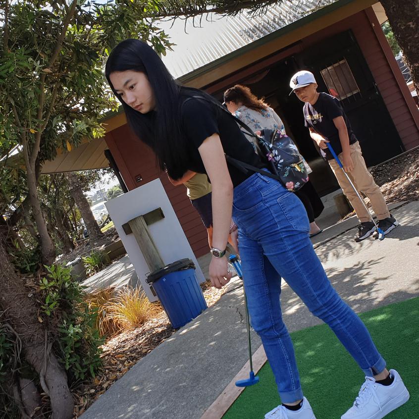 1 mini golf a