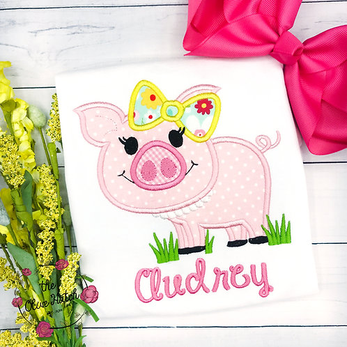 Pig and Pearls Applique