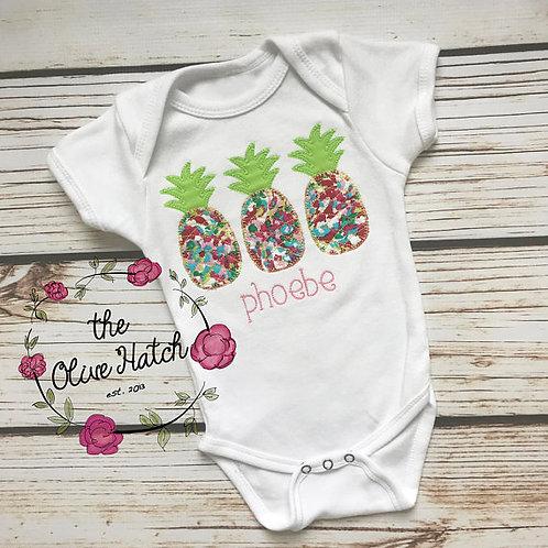 Pineapple Blanket Stitch Baby Set -- Applique
