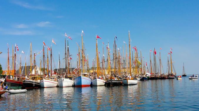Biohof Aeroe - traditionelle Segelschiff
