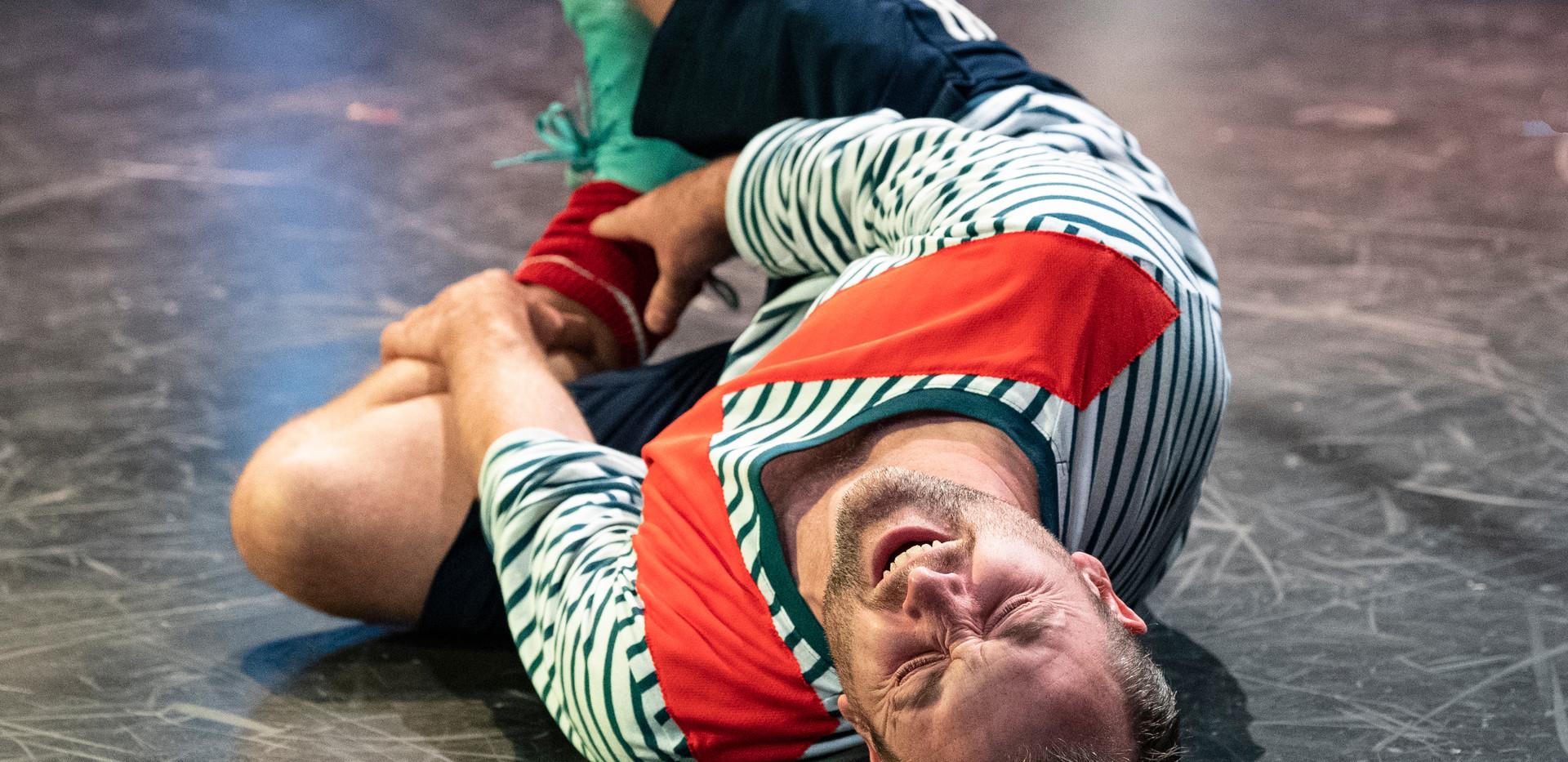 Tom Lowe as D'Jai
