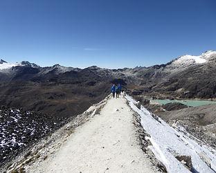 walk on snowy ridge .JPG