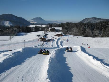 Snowtubing in Faistenau.jpg