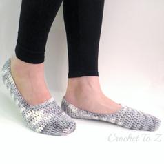 Women's Slipper Socks - Free Crochet Pattern