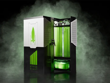 This 'personal carbon sequestration' device uses algae to remove CO2 from the air