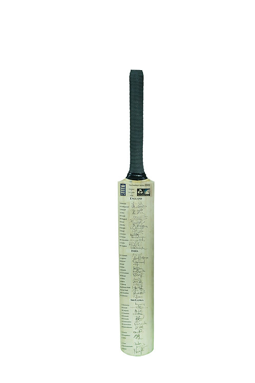 4 - 2002 Natwest Trophy bat signed by India, England & Sri Lanka players