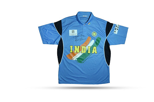 LOT 51 - World Cup 2003 India jersey issued for Sachin Tendulkar hand-signed
