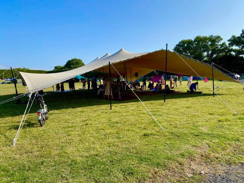 Marquee stretch tent