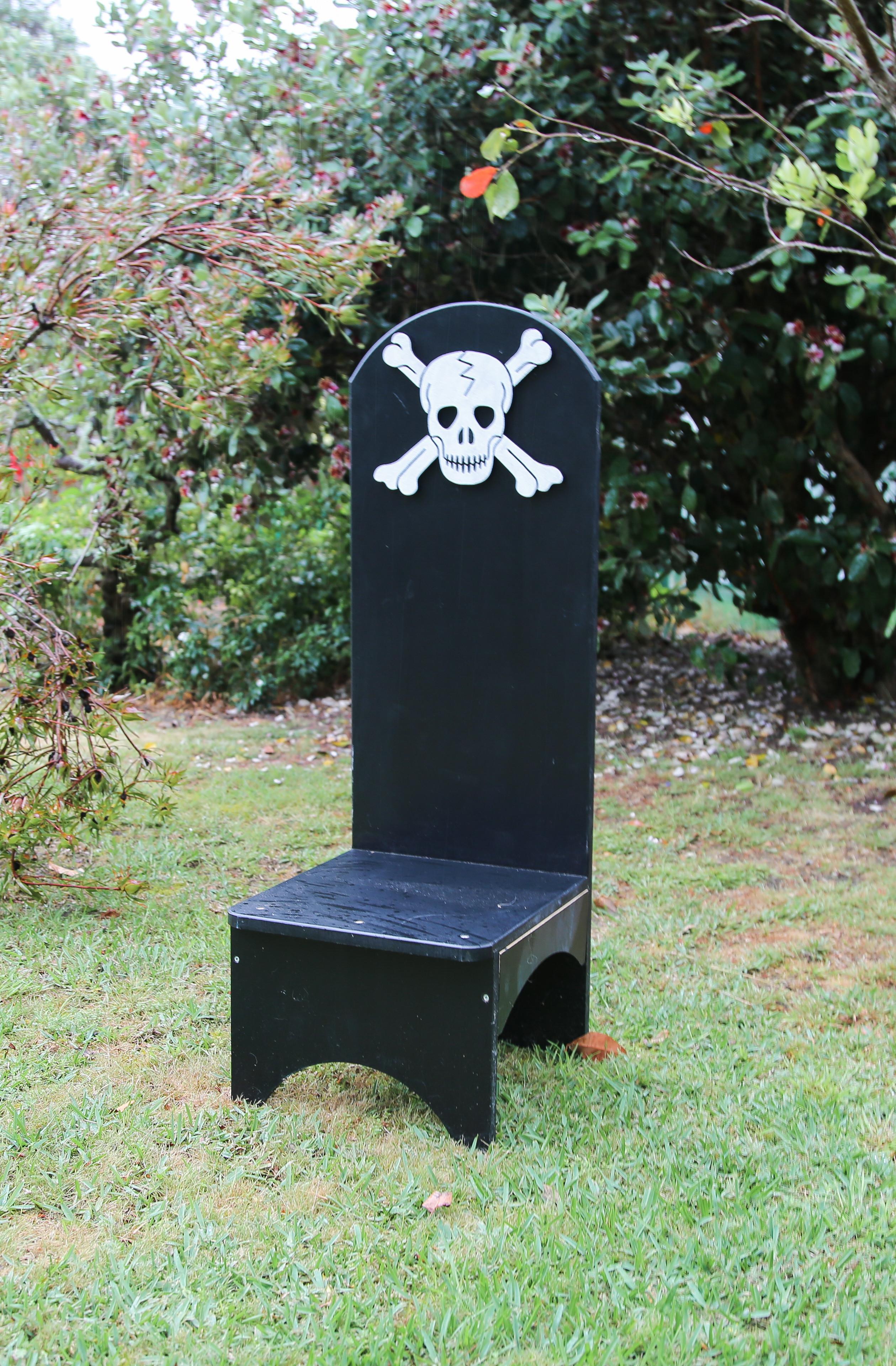 Birthday Chair Black Pirate