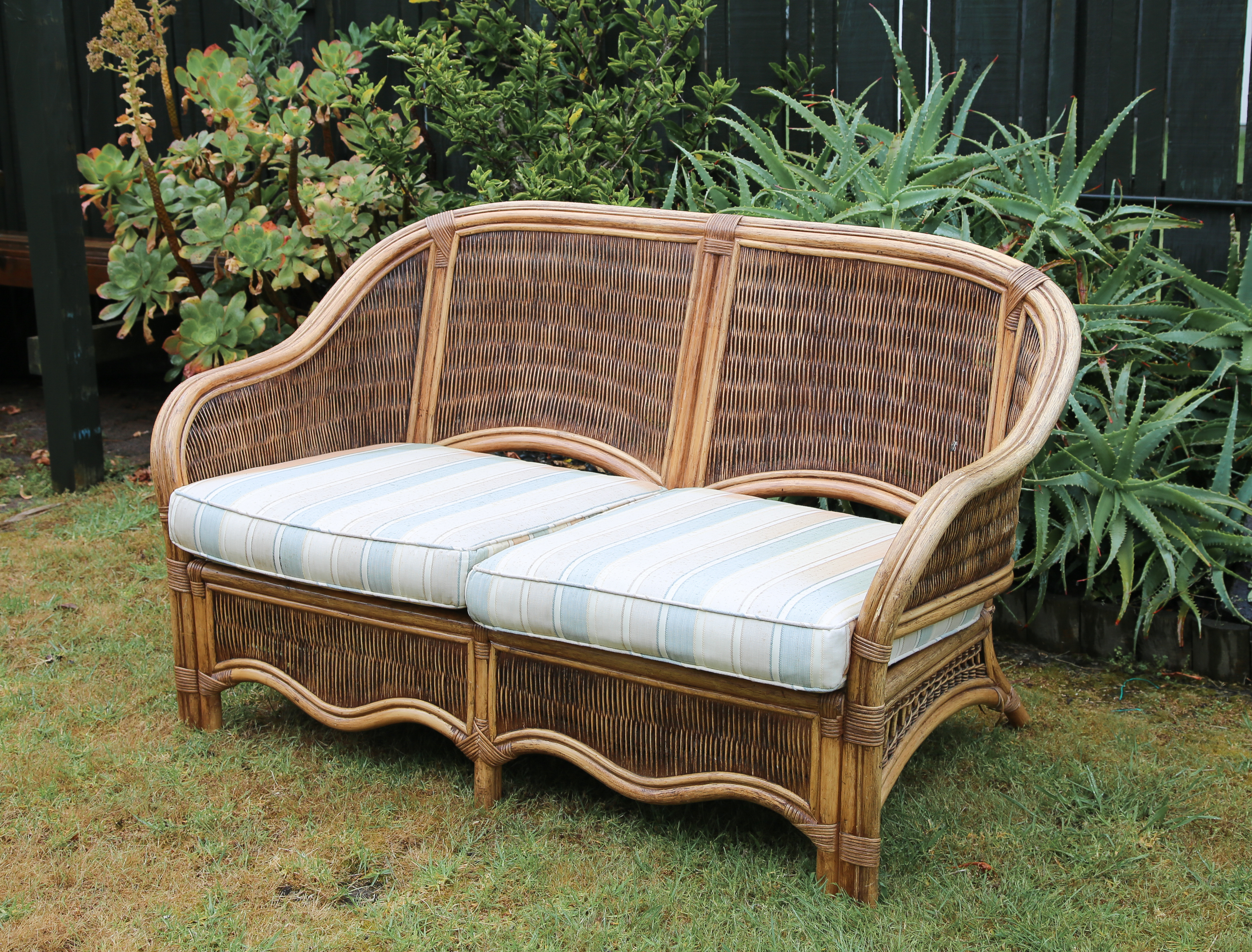 Cane 2 seater