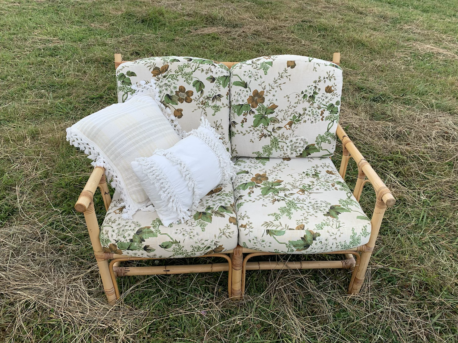 Green floral 2 seaters - Cane