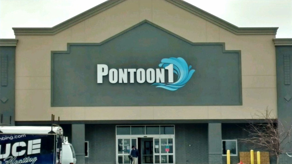 Pontoon1 - illuminated channel letters and logo