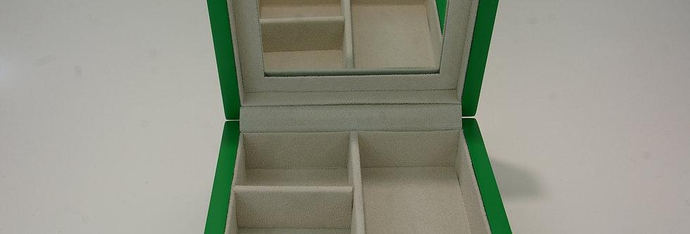 JOYE-PRXX0240 Caja joyero en madera lacada y plata