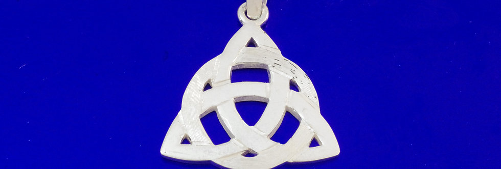 PPCOTRI25-899  (42) Colgante plata trinqueta celta de 24 mm
