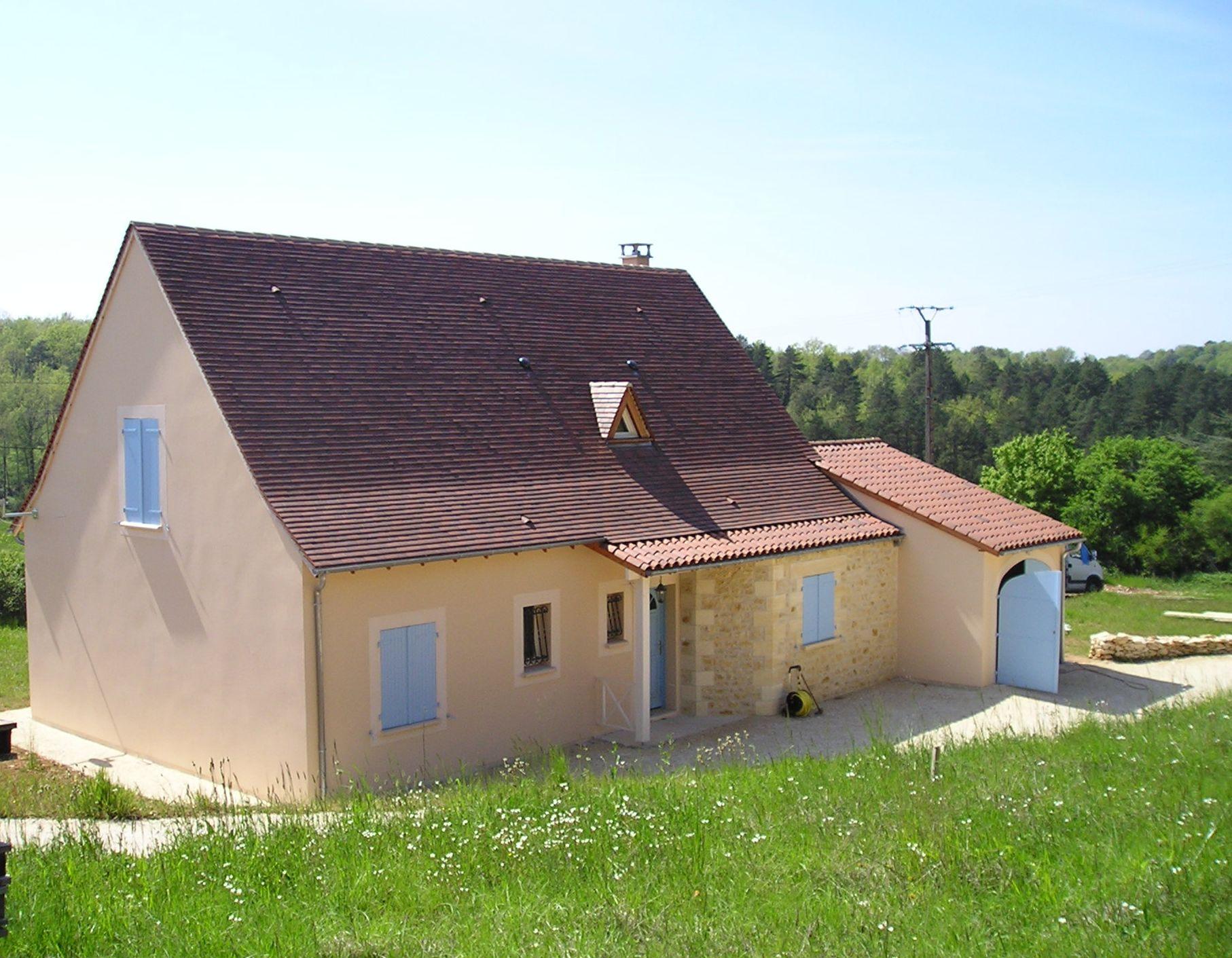 Traditioneel huis met natuursteen