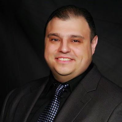 Emil Ahangarzadeh