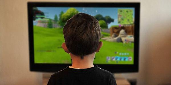 kids-playing-fortnite-670x335.jpg