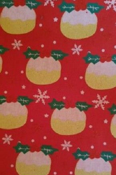 Christmas Holly Cupcakes Gold Metallic Quilt Fabric