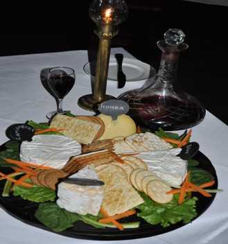 gourmet dining in an authentic safari experience